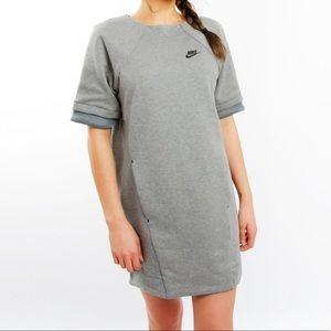 Nike Tech Fleece Dress Short Sleeve Gray